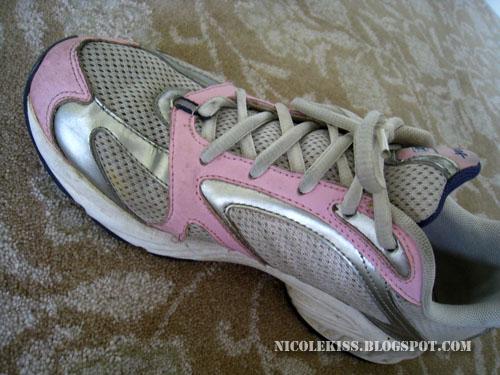 pink rebock shoe