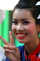 victory? (DocAdvert) Tags: people woman girl festival thailand oliver bangkok streetlife thai tradition docadvert bkk kramp otop ollikramp