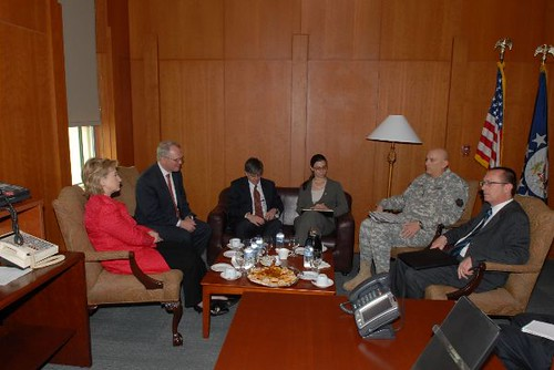 clinton_iraq_600_1