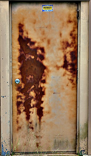 Rusty Metal Door rusted door & the best way to remove rust from a steel door