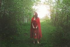 Little Red Riding Hood (Laurence,) Tags: girl forest nikon friend littleredridinghood jeanne thankyousomuchmike d80 stromain flickrfolio arienettelyrics