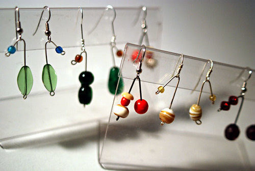 easy 2-bead earrings