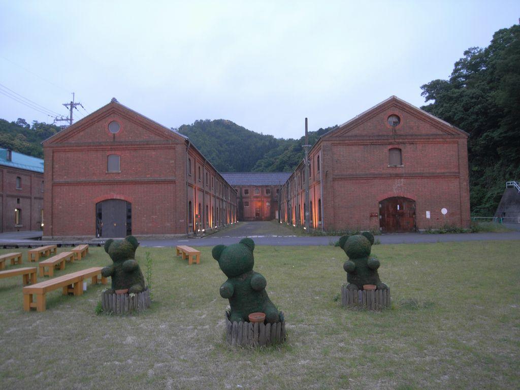 レトロな近代遺産『舞鶴赤レンガ倉庫群』@舞鶴市 (by 奈良に住んでみました)