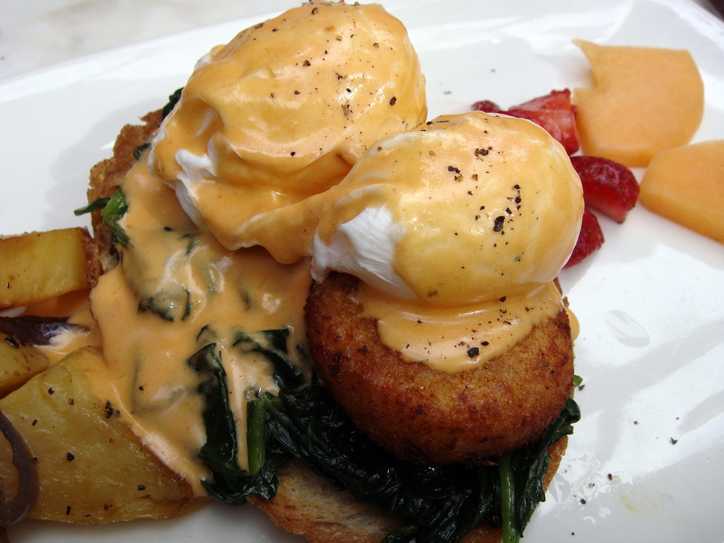 Eggs Benedict w/crab close up