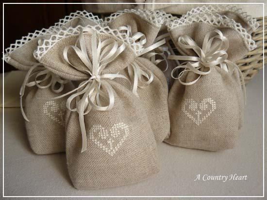 spesso A Country Heart: Sacchettini portaconfetti NH11