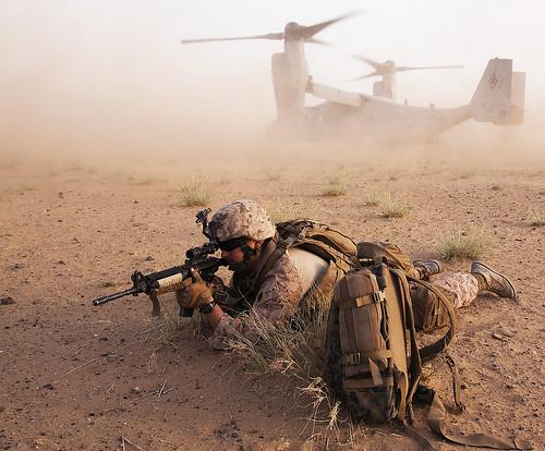 フリー写真素材, 社会・環境, 戦争・軍隊, 乗り物, 航空機, 兵士, V- オスプレイ, アフガニスタン, アメリカ海兵隊,