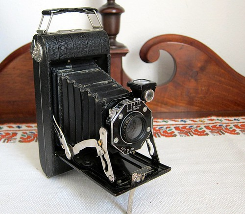 Camera portraits: Kodak Junior Six-20 camera