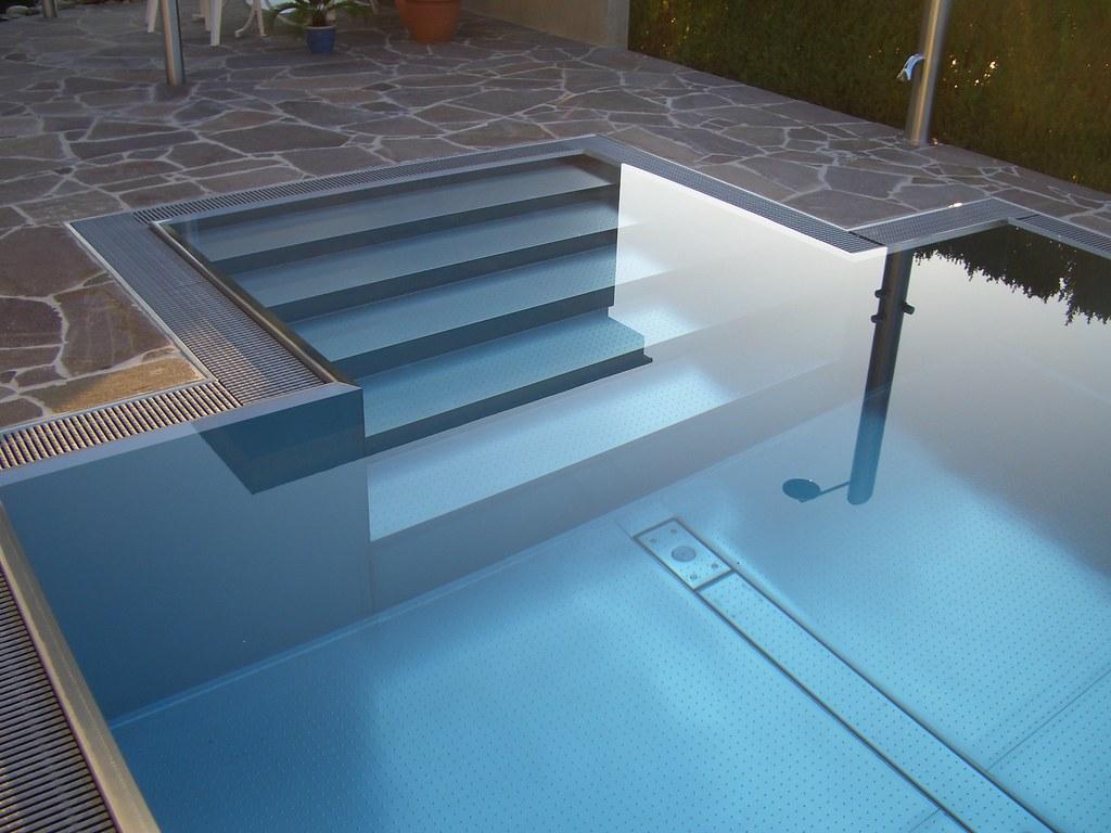 pool aus edelstahl spapool edelstahl material innen knstlichen wasserfall brunnen edelstahl. Black Bedroom Furniture Sets. Home Design Ideas