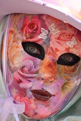 Tes yeux (blogspfastatt) Tags: carnival venice portrait color colour beauty costume nice eyes colorful colours fiesta parade yeux carnaval colourful venise carnevale venezia couleur regards farben venitien veneto kolor venicia costium remiremont pfastatt sedlerxech blogspfastatt