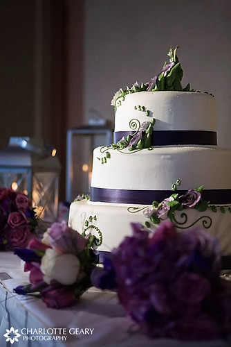 Purple and white wedding cake purple and white weddings