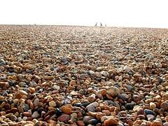 Brighton (Frau D.) Tags: uk england people beach strand brighton stones menschen steine colourfull farbenfroh