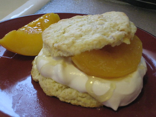 ginger scones with peaches and cream