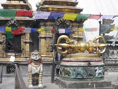 Swayambhunath, Katmandu, Nepal (balavenise) Tags: nepal shrine god buddha prayer religion buddhism katmandu dorje swayambhunath prière devnagari स्वयम्भूनाथस्तुप flickrgiants