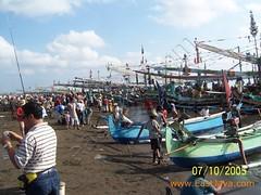 Segoro Anakan Beach - Banyuwangi - East Java (eastjava.com) Tags: ocean mountain beach indonesia sailing shore jawa summerholiday tropicalparadise anakan eastjava jawatimur banyuwangi indonesiatourism sailingsport eastjavatourism segoroanakan asiadestination indonesiatourismboard eastjavaculturalsite segoro