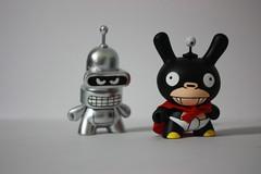 Nibbler and Bender (WuzOne) Tags: toys vinyl kidrobot futurama bender custom cartoons dunny nibbler fatcap munny wuzone