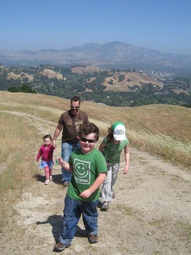 Briones Hiking Crew, Lafayette Ridge: Front View