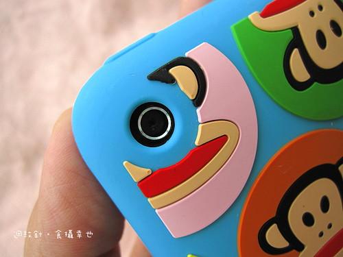 PF iphone保護套鏡頭洞