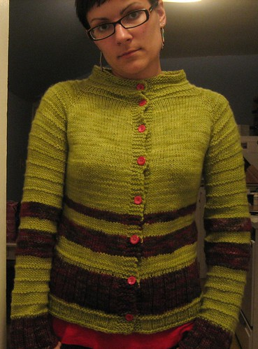 090613. serious ugly cardigan, all done.