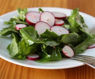 Radish salad with shallots, Chez Panisse style