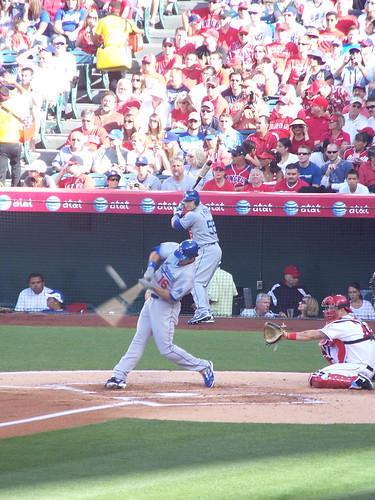 Dodgers draft Hounds infielder