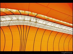 lightline (Feldman_1) Tags: orange subway mnchen ubahn architektur marienplatz feldman lightline modernearchitektur