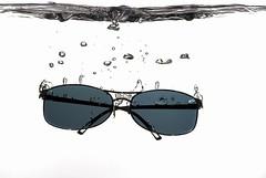 Coolness (ICT_photo) Tags: ontario water sunglasses aquarium cool underwater guelph sb600 bubbles d200 splash ianthomas strobist ictphoto