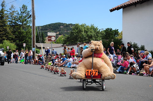 The unmanned teddy bear wagon train!