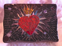Tattoo Design Mosaic Jewelry Box (MysticMosaics) Tags: black tattoo heart circles glassmosaic tattooflash flamingheart stainedglassmosaic mosaicjewelrybox mysticmosaics