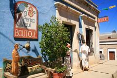 Boutique, Todos Santos (Tanenhaus) Tags: azul mexico gallery galeria boutique baja todossantos perico