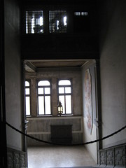 """Hallway • <a style=""""font-size:0.8em;"""" href=""""http://www.flickr.com/photos/36178200@N05/3389118206/"""" target=""""_blank"""">View on Flickr</a>"""