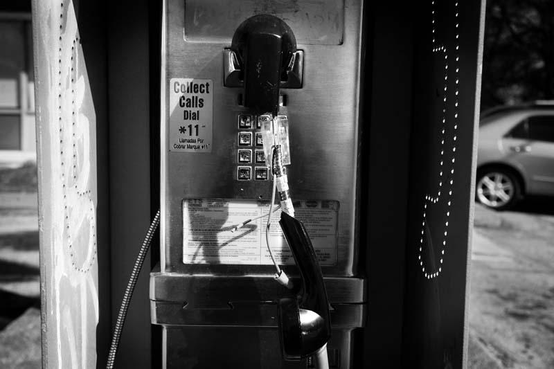 04.04.09phone