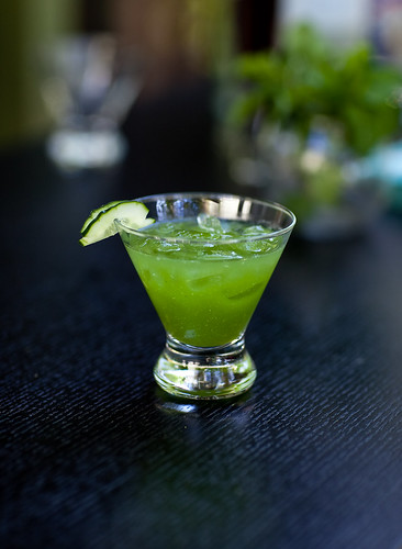 cucumber sake cocktail