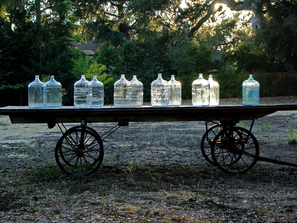 DSC02679 James Witt bottle cart
