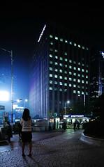 2025/1728 (june1777) Tags: street light girl night canon eos shift snap clear seoul 5d 24mm 3200 tse f35 euljiro