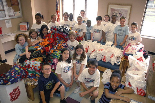 The fourth grade students from White Lick Elementary deliver their gifts to the shelter for women and children.
