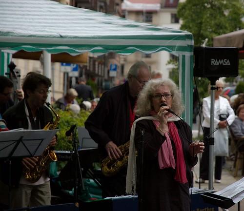 Markedsdag i Bygdøy allé - Laila Dalseth med Per Borthen Swing Department Ltd
