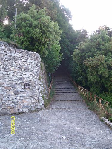 Percorso verso il Santuario superiore - Santuario dello Speco