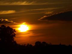 Sunset 14-06-2009 (evert-j) Tags: sunset sky orange sun clouds zonsondergang wolken lucht zon