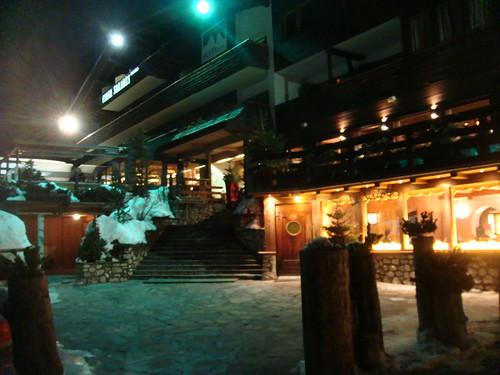 Vista exterior del Restaurante La Siriola en el Hotel Ciasa Salares en Armentarola