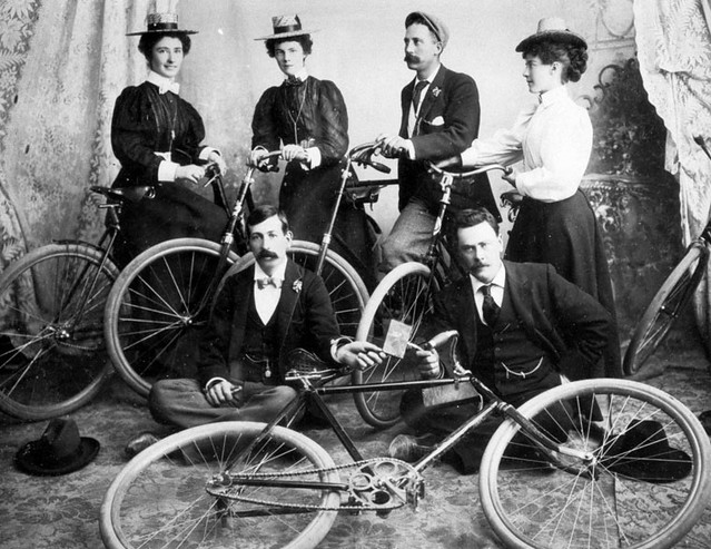 Members Of The Chinook Bicycle Club