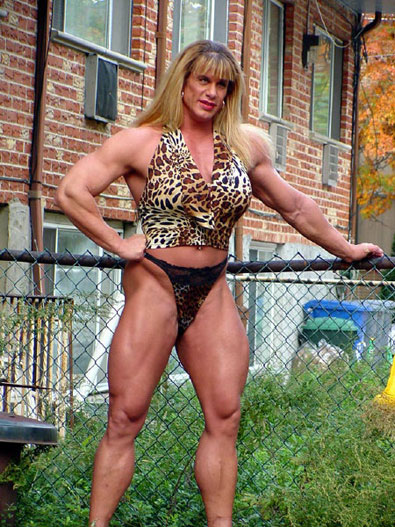1- Extreme Body Building - Nicole Bass