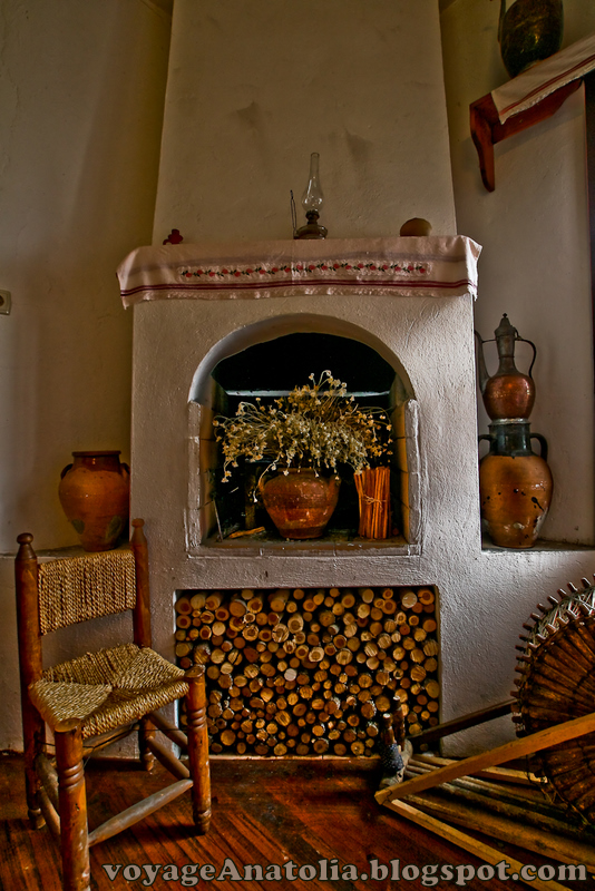 Fireplace Corner by voyageAnatolia