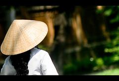 Any suggestion for the title? (Vu Pham in Vietnam) Tags: street travel lady asia southeastasia vietnamese candid streetphotography vietnam dailylife hue vu canoneosdigitalrebelxt indochina  hu   vitnam conicalhat hu dulch  nn  nnl huecity cucsng ngph conngi chu c thurathienhue kinh raininvietnam thnhhu commentwithimageswillbedeletedsosorryforthis