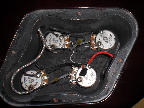 Keeping wiring tidy my les paul forum img cheapraybanclubmaster