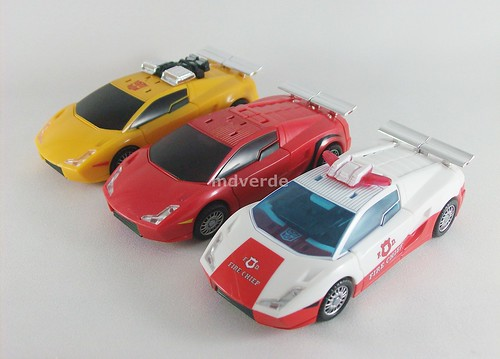 Transformers Red Alert Classics Henkei vs Sunstreaker vs Sideswipe - modo alterno
