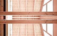Dachstuhl (SteckerRaus) Tags: licht soft fenster architektur holz glas fassade saarland leicht trger dachstuhl symmetrie homburg sparren weich sttze geblk lattung sigma1020mm456exdchsm pfetten canoneos1000d axialitt konstruktionsvollholz dachwelt
