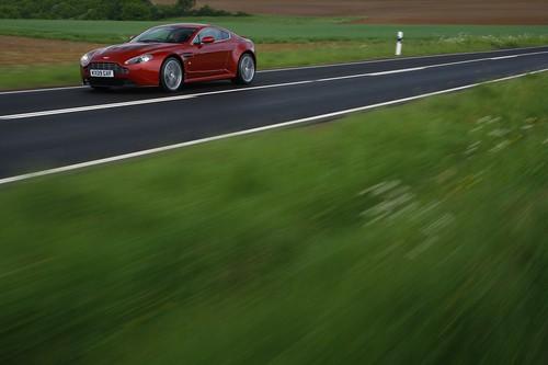 V12 Vantage Sport Cars
