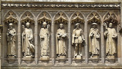 Statues over Vaughan porch (Colin'sPic's) Tags: church stmartins statues oldbuilding gradeii leicestercathederal