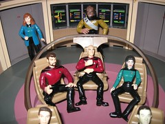 Star Trek Bridge (Mr. JuJu Bean) Tags: bridge startrek trek toy games data collectible captainpicard enterprise numberone crusher ussenterprise jeanlucpicard riker toyset romulans williamriker deanatroi