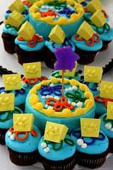 Spongebob Squarecakes (Harpo42) Tags: birthday family party cake dessert cupcakes luau spongebob 2009 squarepants bjs